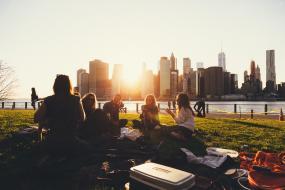 picnic, may, optimist